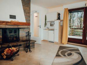Zimmer in Lindlar » Bellevue im Bergischen Land » Kaminzimmer mit Miniküche und Blick ins Grüne