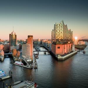 Hamburg Hafen und Elbphilharmonie (kurz auch Elphi genannt)